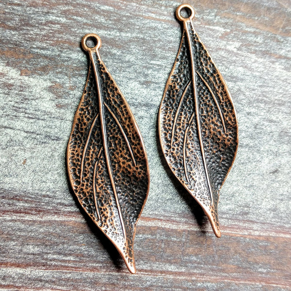 AB-0335 - Antique Copper Wavy Leaf Pendant,16x50mm | Pkg 5