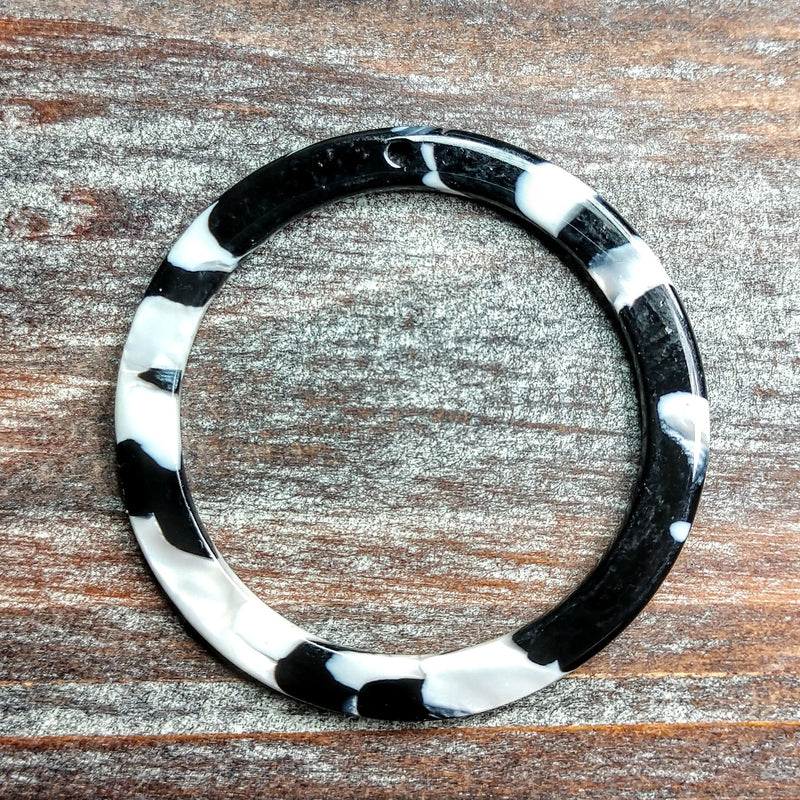 AB-5030 - Acrylic Finding, Black And White Mosaic Ring, 40mm | Pkg 2