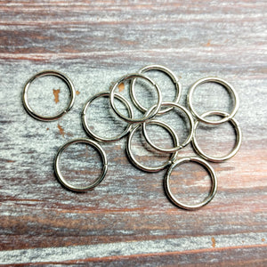 AB-5055 - Large Antique Silver Open Jump Rings, 15mm | Pkg 20