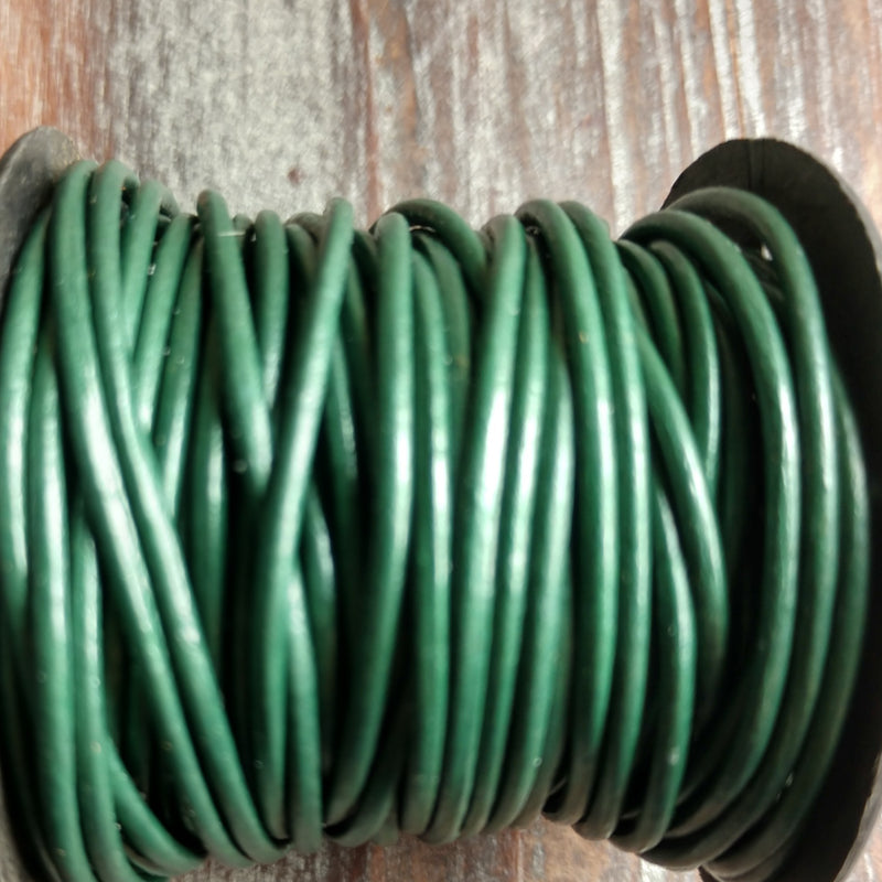 GL/066/2 - Leather Cord,Ocean Green,2mm | Pkg 4 Feet