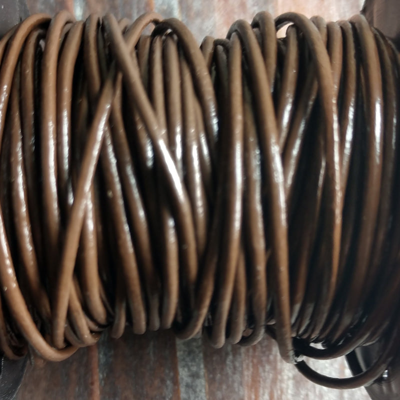 GL/003C/1 - Leather Cord, Chocolate, 1mm | Pkg 4 Feet