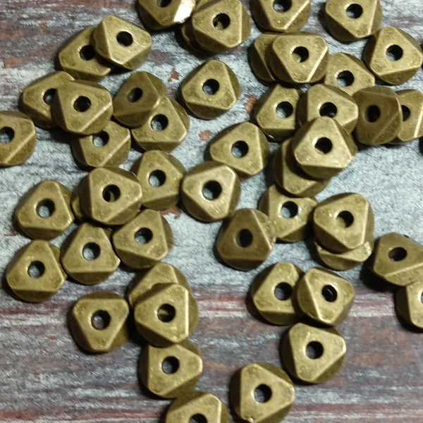 AB-5105 - Antique Brass Triangle Bead,6mm | Pkg 50