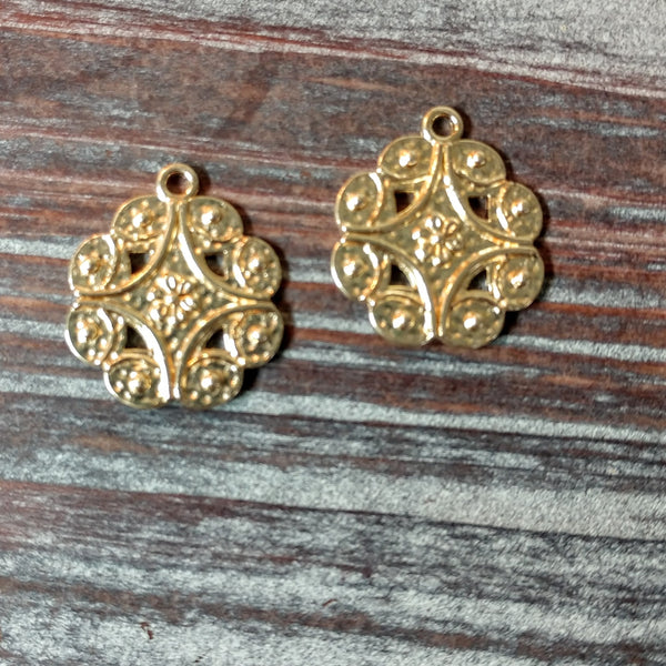 AB-4230 - Drops,Gold With Flower And Swirls,19x22mm | Pkg 2