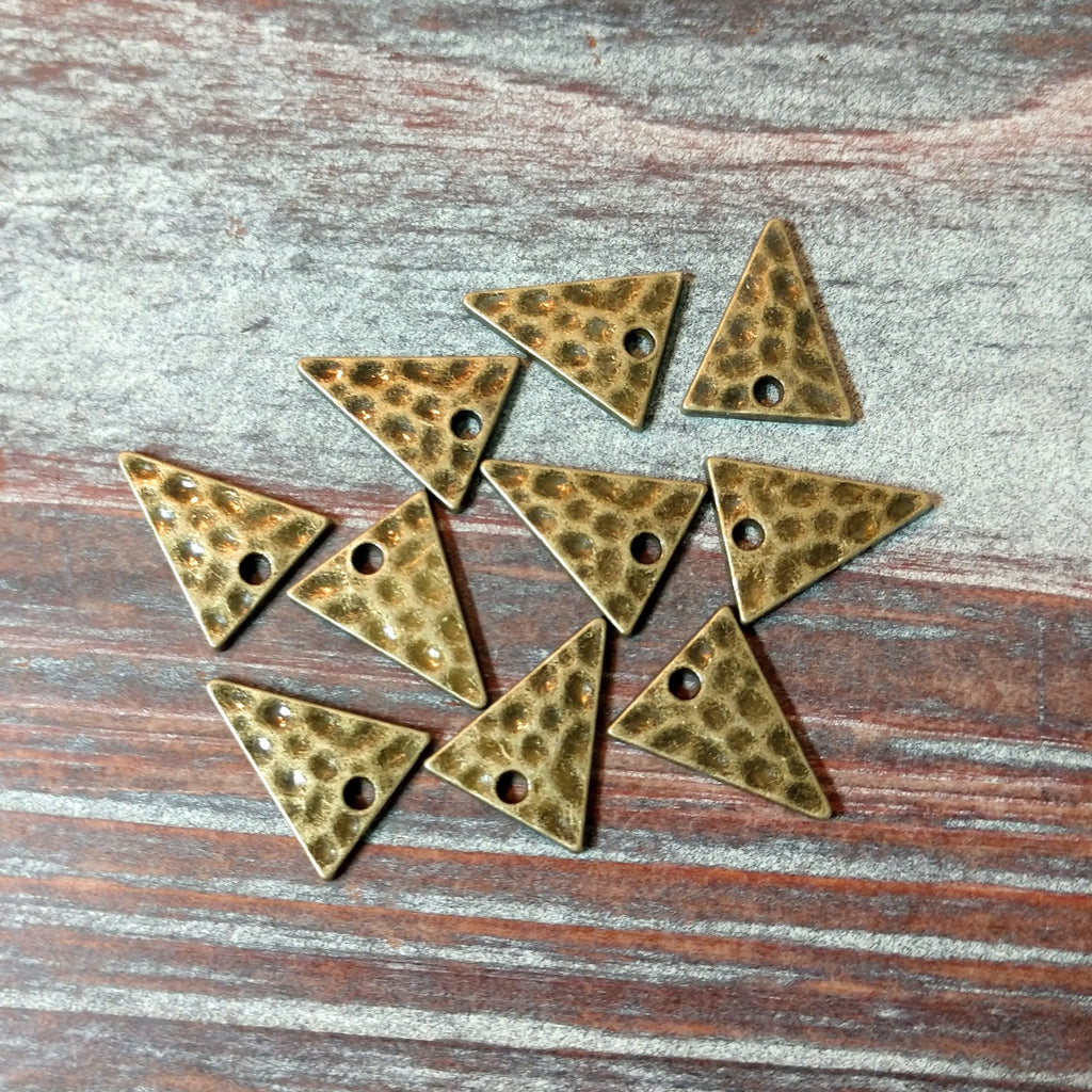 AB-4233 - Drops, Antique Brass Triangles, 12x14mm | Pkg 10