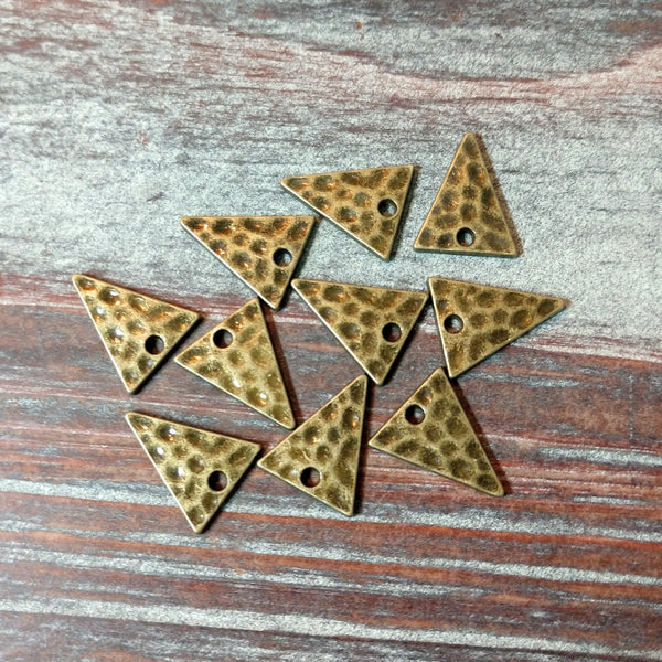 AB-4233 - Drops,Antique Brass Triangles,12x14mm | Pkg 10