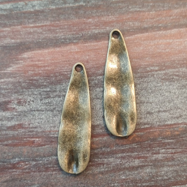 AB-5136 - Antique Brass Oval Drops, 11x37mm | Pkg 2