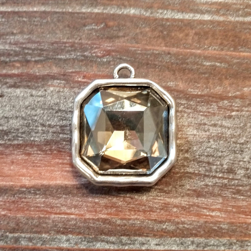 AB-3310 - Silver Octagon Pendant With Smoked Topaz Crystal, 30mm | Pkg 1