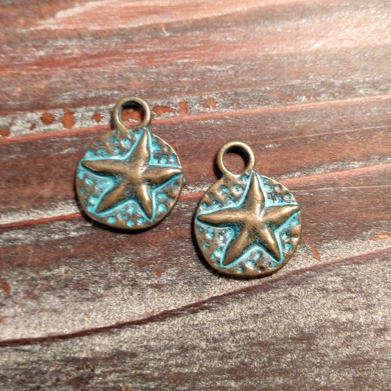 AB-3384 - Antique Brass With Patina Coin Charm With Star, 17mm | Pkg 2