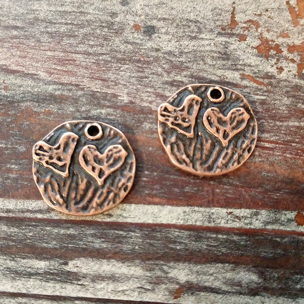 AB-3523 - Antique Copper Disc Charms With Double Hearts, 20mm | Pkg 2