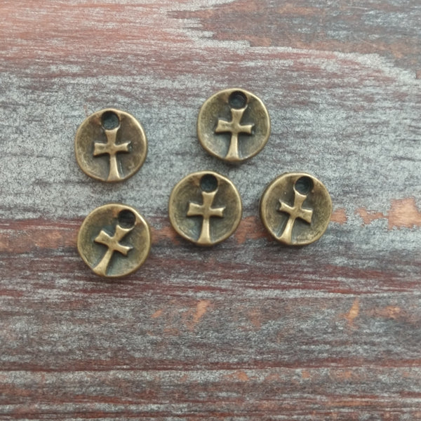 AB-7962 - Antique Brass Disc Charms With Cross, 10mm | Pkg 5