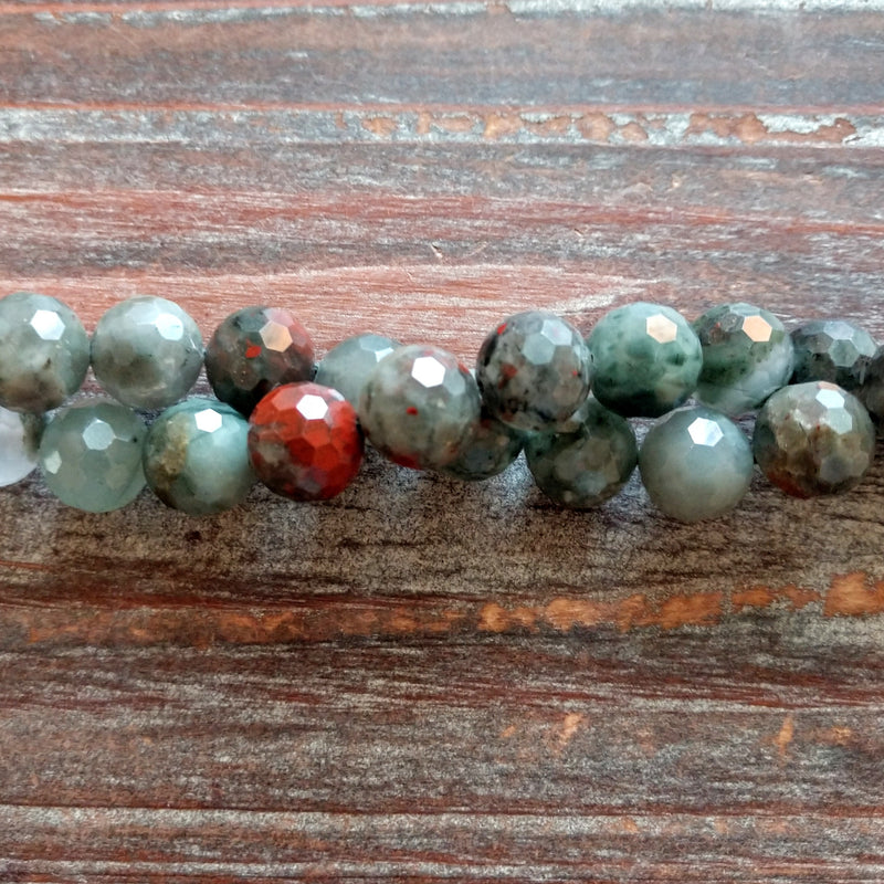 GM-5528 - Bloodstone Faceted Gemstone Bead Strand, 10mm | 1 Strand
