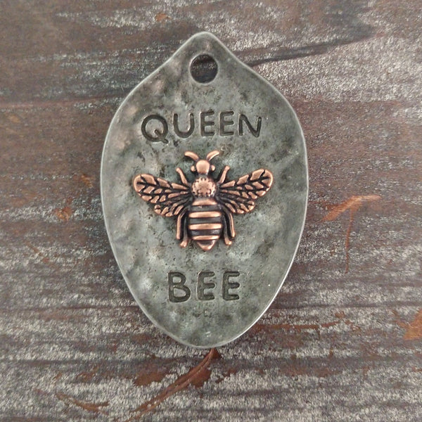 AB-8033 - Gunmetal Queen Bee Pendant, Copper Bee, 28x42mm | Pkg 1