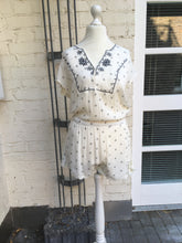 Laden Sie das Bild in den Galerie-Viewer, Amenapih Hipanema Jumpsuit Milos
