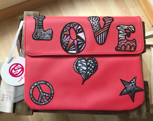 "Clutch ""Love"" von cutestuff"