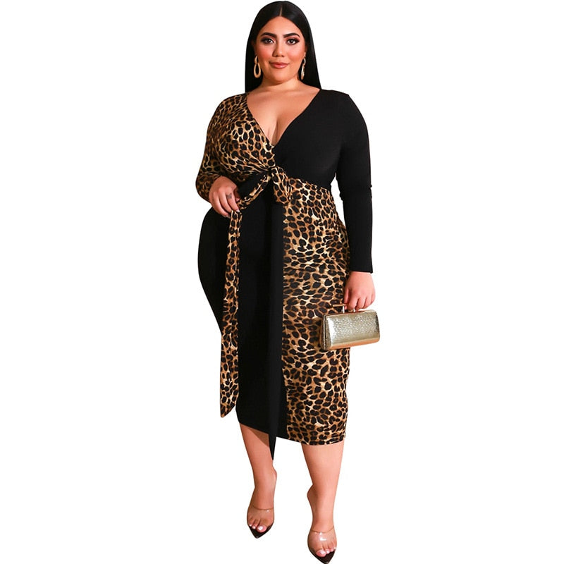 Exceptional Exotica Sexy Leopard-Midi Dress