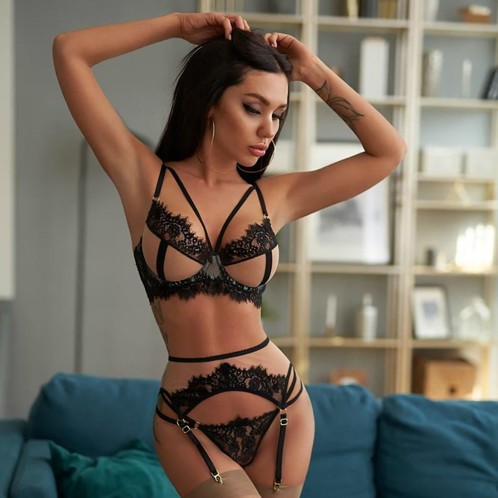 Babydoll- Hollow Out Push Up Bra Set