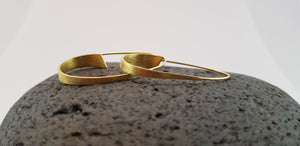Long fine Earrings, 24 Ct. Gold/ Silver