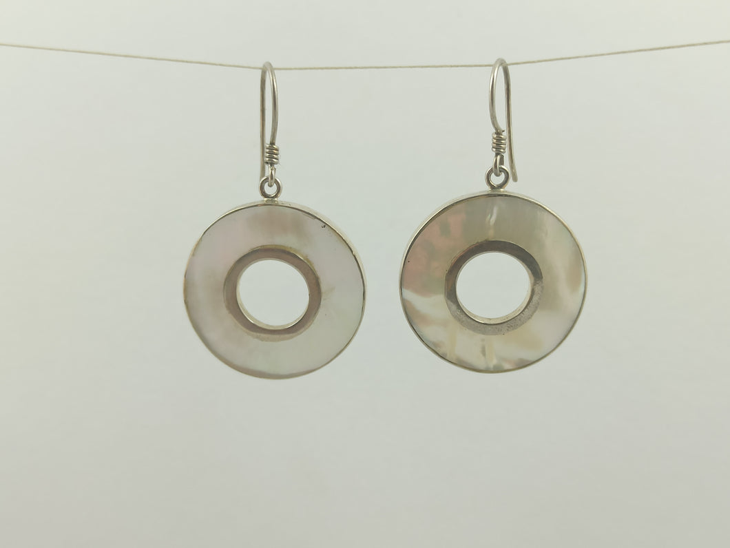 Round Mother of Pearl Earring
