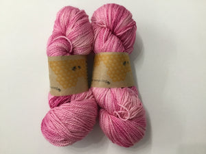 I Bee weaving | Fingering | The Silk Road | 70% SW Merino 30% Silk | 383yds 115g