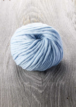 Load image into Gallery viewer, Sugar Bush | Super Bulky | Chill | 100% Merino | 52 yards | 100 grams