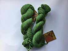 Load image into Gallery viewer, Mirasol | DK weight | Llama Una | Baby llama 100% | 109 yds | 50 g