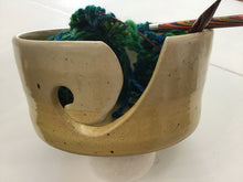 Load image into Gallery viewer, Inis Creations Island Pottery Yarn Bowl