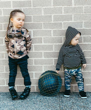 Load image into Gallery viewer, Stripe and Camo 2 Piece Set