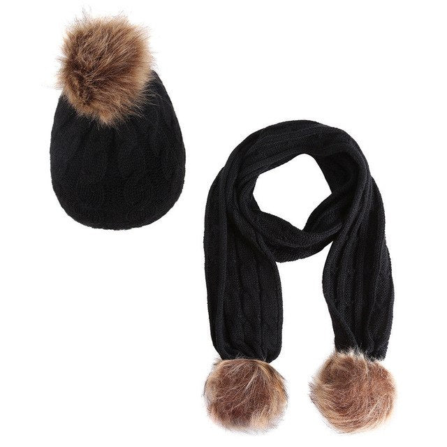 New York Beanie And Scarf Set