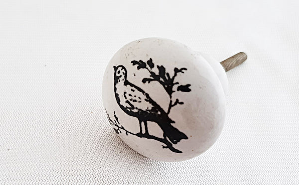 Ceramic black and white bird shabby chic printed 4cm round door knob