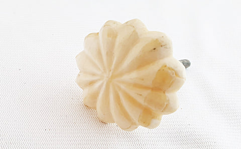 Bone shabby chic vintage flower design 4.5cm door knob