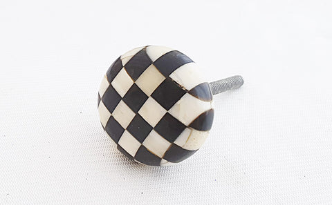 Bone unique checkers black natural color 3.5cm round door knob
