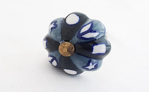 Ceramic small grey black floral 3.5cm pumpkin door knob