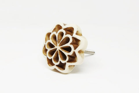 Bone/Resin unique shabby chic 4.5 cm flower door knob