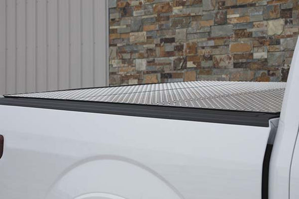 ACCB2010059 - 2019-2020 Ford Ranger Lomax Diamond Plate 5' Bed Cover