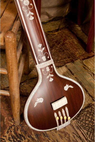 Banjira Flat Back Tanpura          With Gig Bag