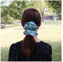 Load image into Gallery viewer, Cassian Scrunchies - Set of 2