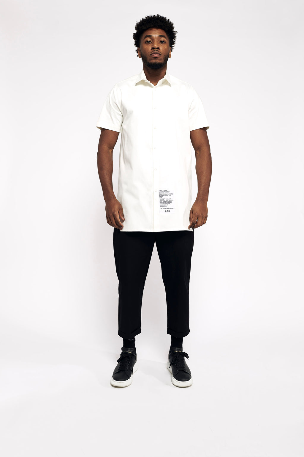 WHITE SMOOTH SHORT SLEEVE SHIRT