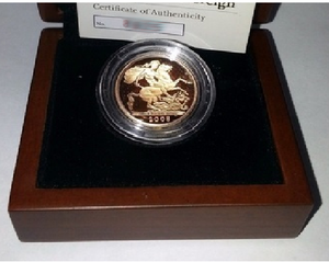 2009 Queen Elizabeth II Proof Gold Half Sovereign + Capsulated / Walnut Case COA