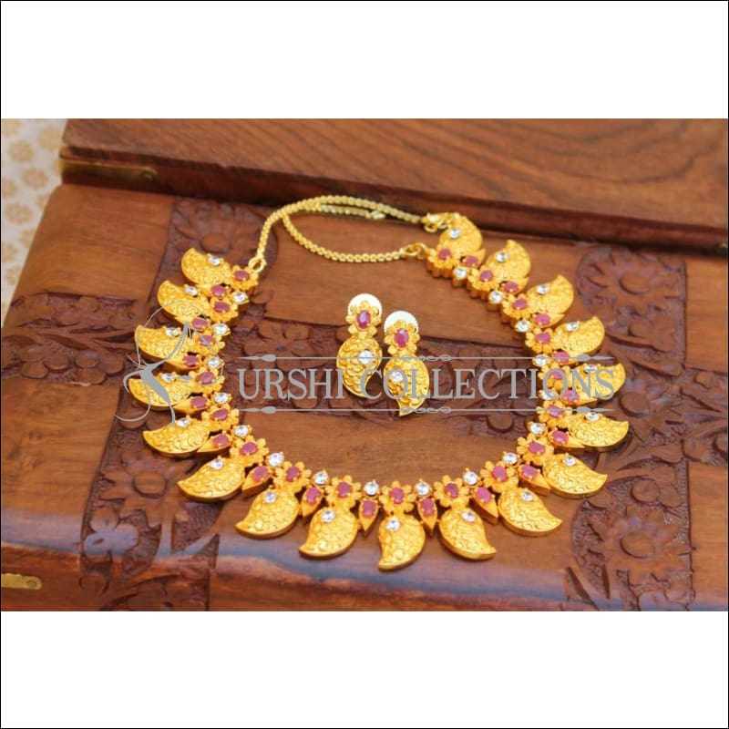 Designer Matte Finish Gold Necklace UC-NEW33 - white and red - Necklace Set