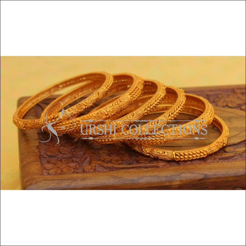 Elegant Matte Finish Bangle Set UC-NEW2769 - Bangles