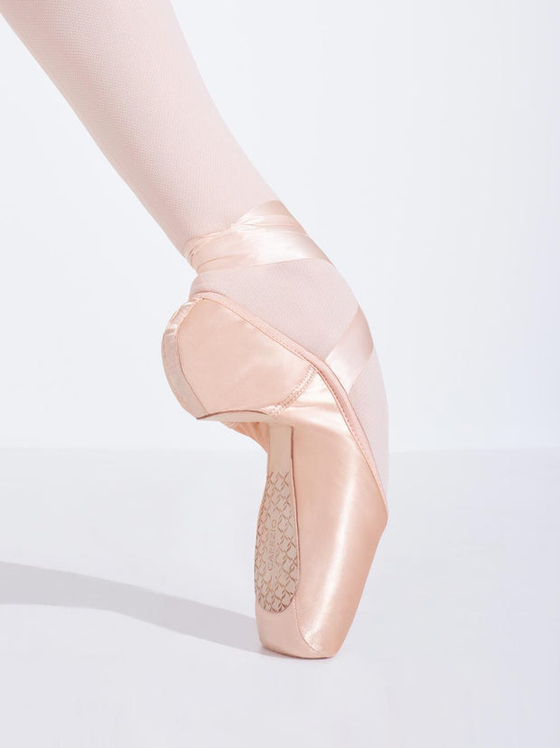 Capezio -  Cambré Tapered Toe #4 Shank Pointe Shoe Dancewear Aspire Dance Collections