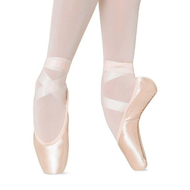 Bloch Axis Pointe Shoe