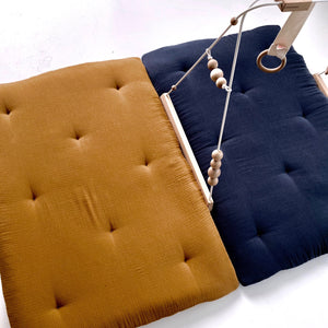 jacky-and-family-tapis-de-sol-duo-caramel-marron-bleu-marine-2