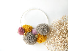 jackyandfamily-pompons-couronne-mila-2