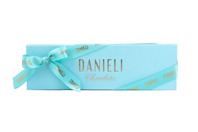 Danieli Long Presentation Box - 12 chocolates