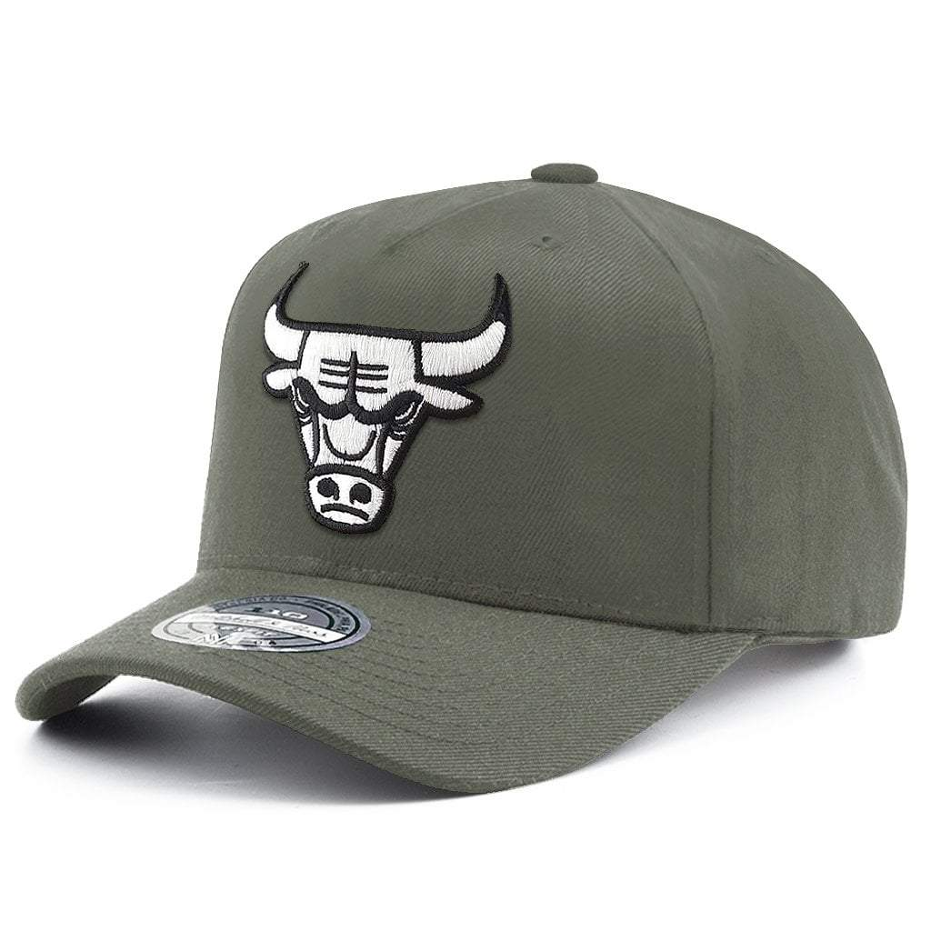 MITCHELL & NESS | MENS CHICAGO BULLS 110 SNAPBACK OLIVE