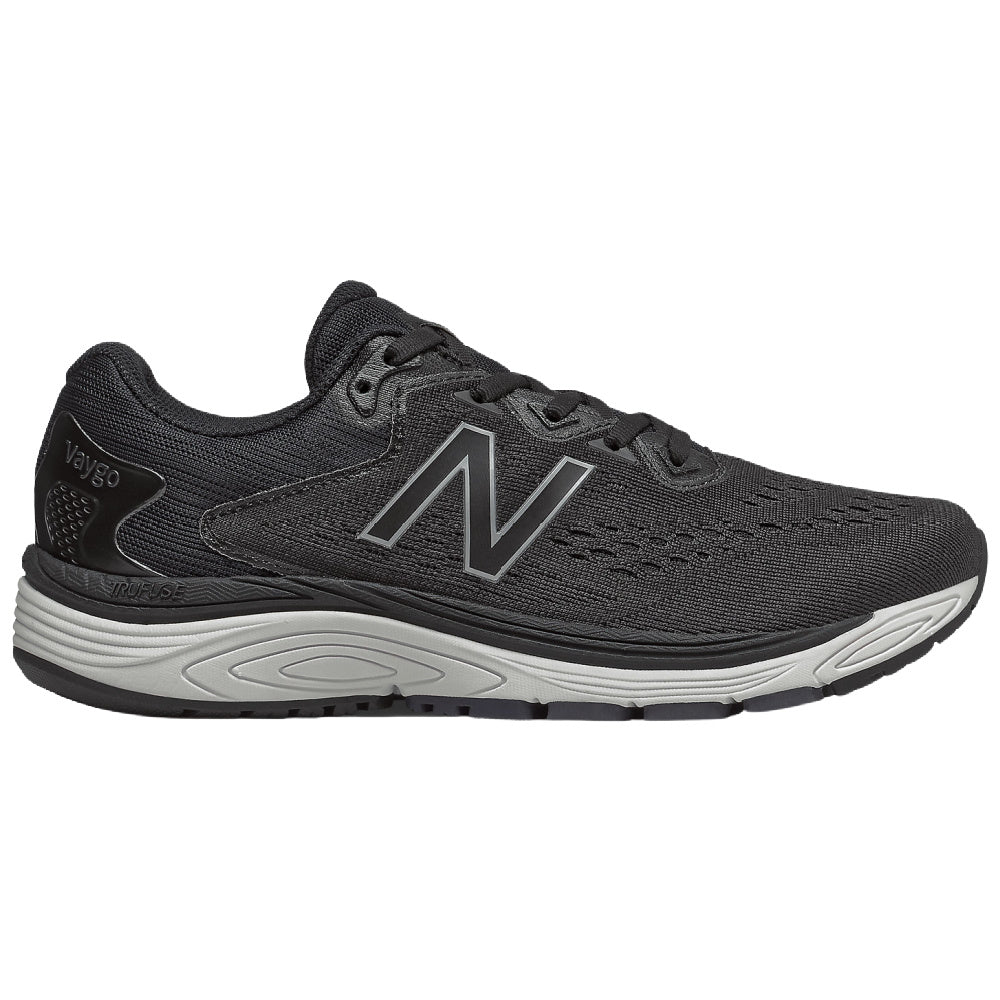 NEW BALANCE | MENS VAYGO 2E WIDE (BLACK/WHITE)