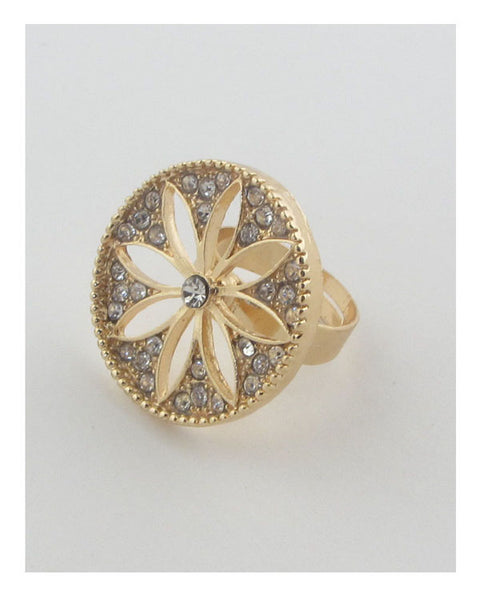 Adjustable cut out flower ring
