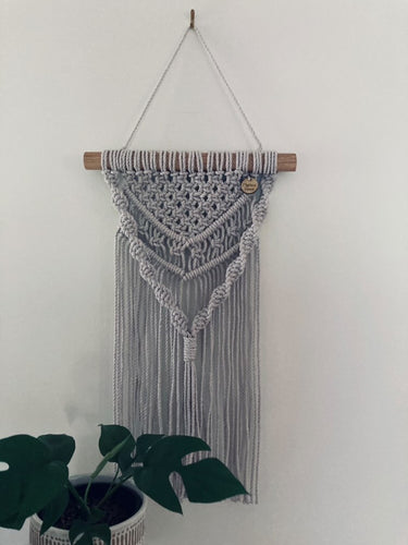 Macrame for teens! Wall hanging workshop