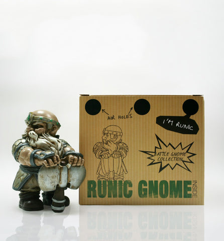 Axe Gnome with Box